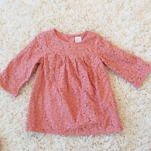 BABY GAP GIRL PINK LACE DRESS SIZE 6-12 MONTHS